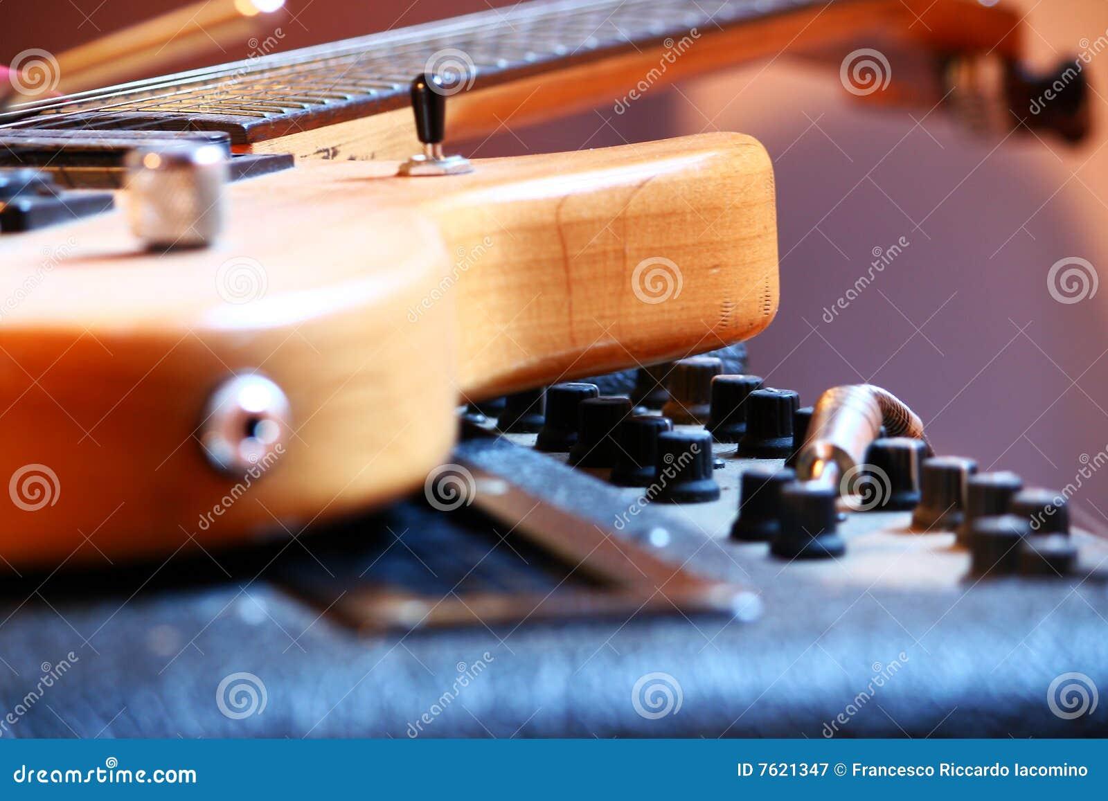 Rock, elektrische gitaar, ampère, blauw