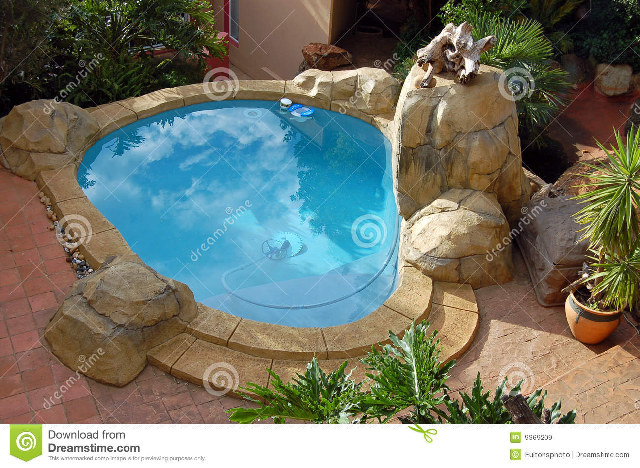 Rock style swimming pool stock image image of rockart 9369209 for Mangalore swimming pool timings