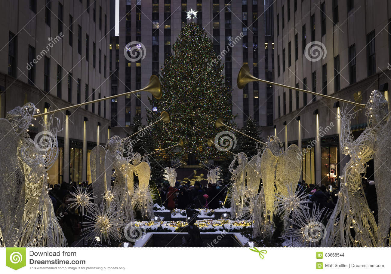 Rockefeller Park At Christmas Time In New York City Editorial Stock ...