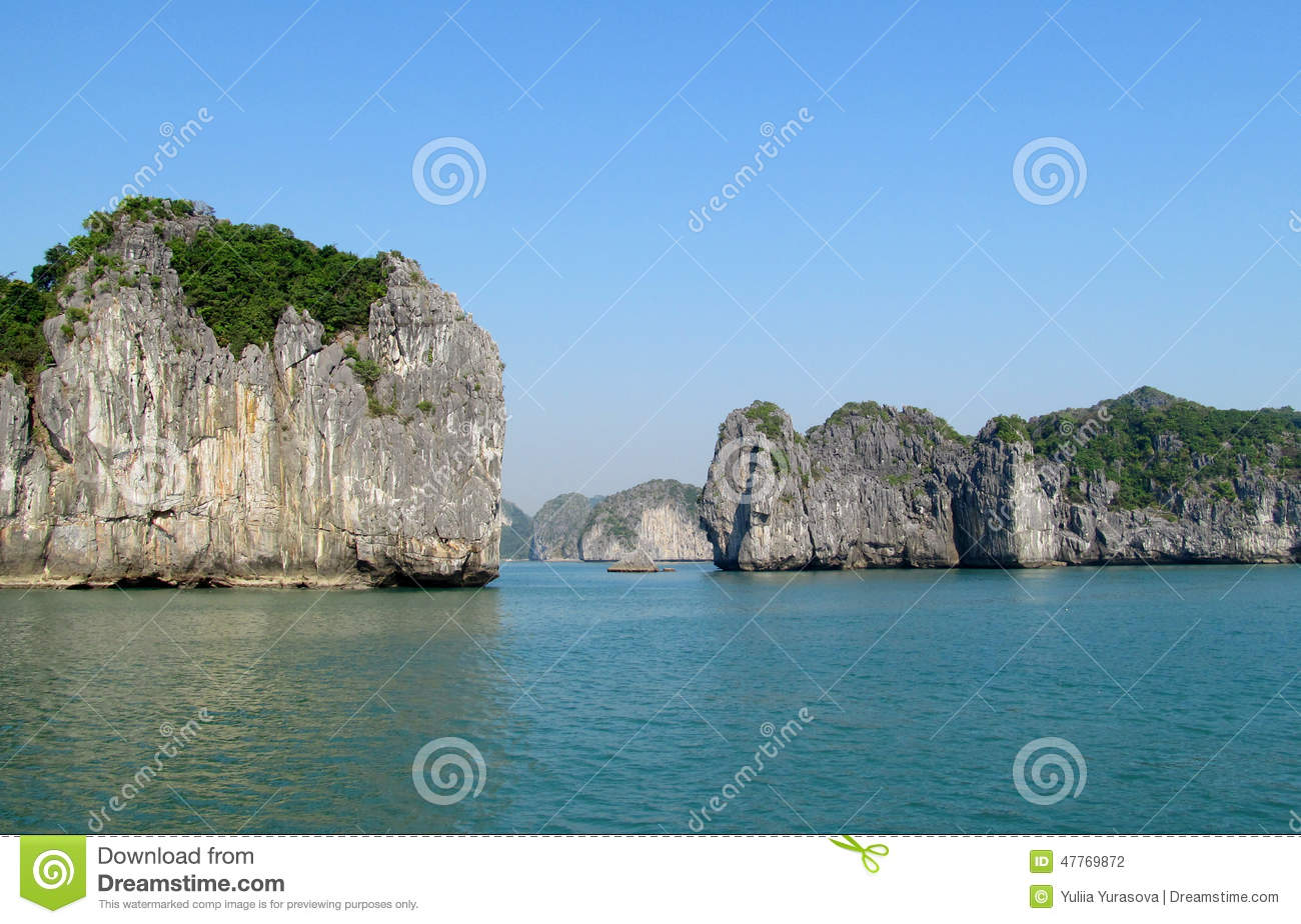 Rocks and islands of Ha Long Bay near Cat Ba island, Vietnam.