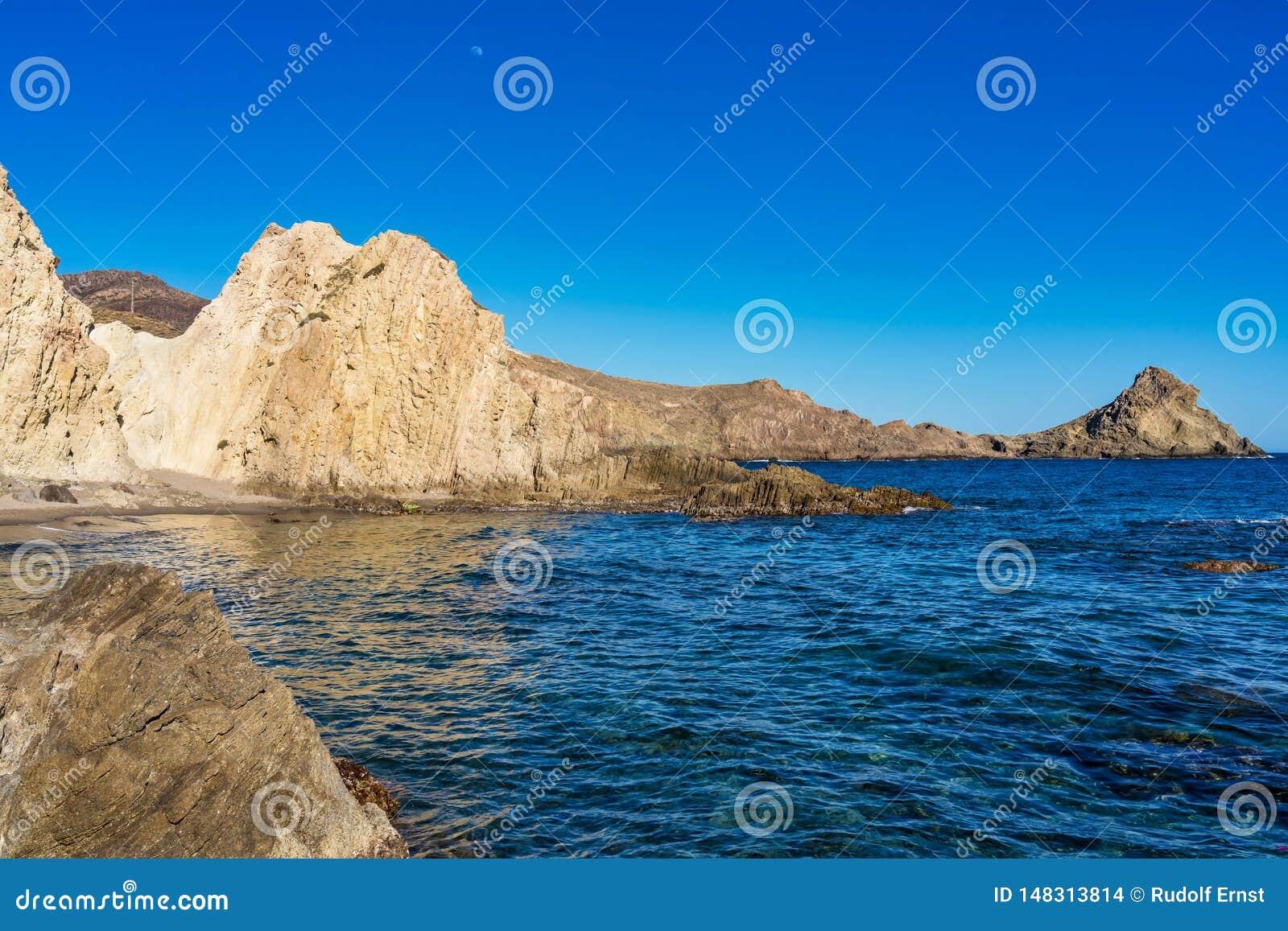 Rocky Coast di Cabo de Gata Nijar Park, Almeria, Spagna