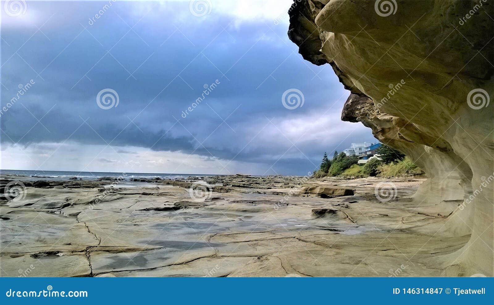Rocky Surface in Enterance in Australië