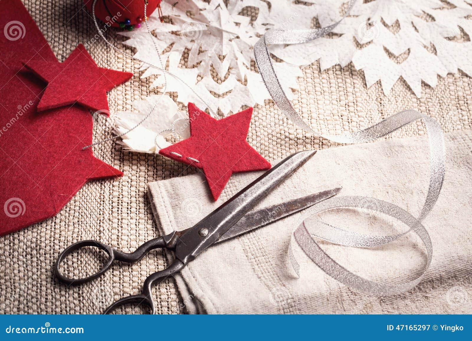 Roczników nożyce i handmade wakacyjne dekoracje