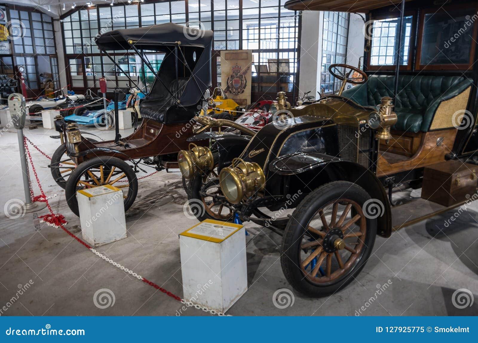 Roczników samochody od wyjątkowej kolekci Bratislav Petkov