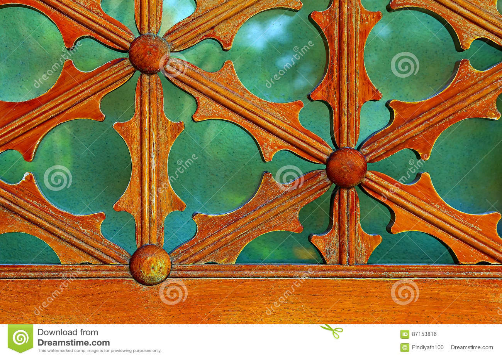 Rocznik nadokiennej ramy drewniani szczegóły
