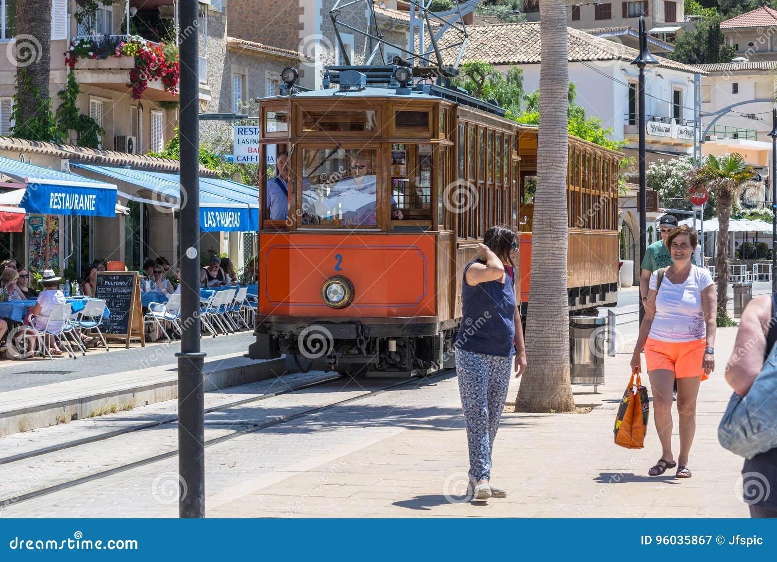 Rocznika pociąg, tramwaj w Portowym De Soller, Mallorca