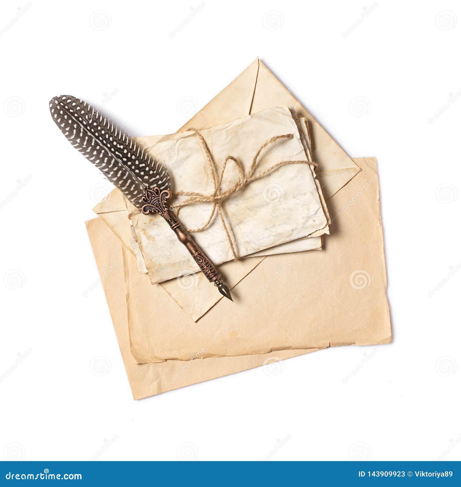 Rocznika skład z wiązką starzy listy i dutki pióro