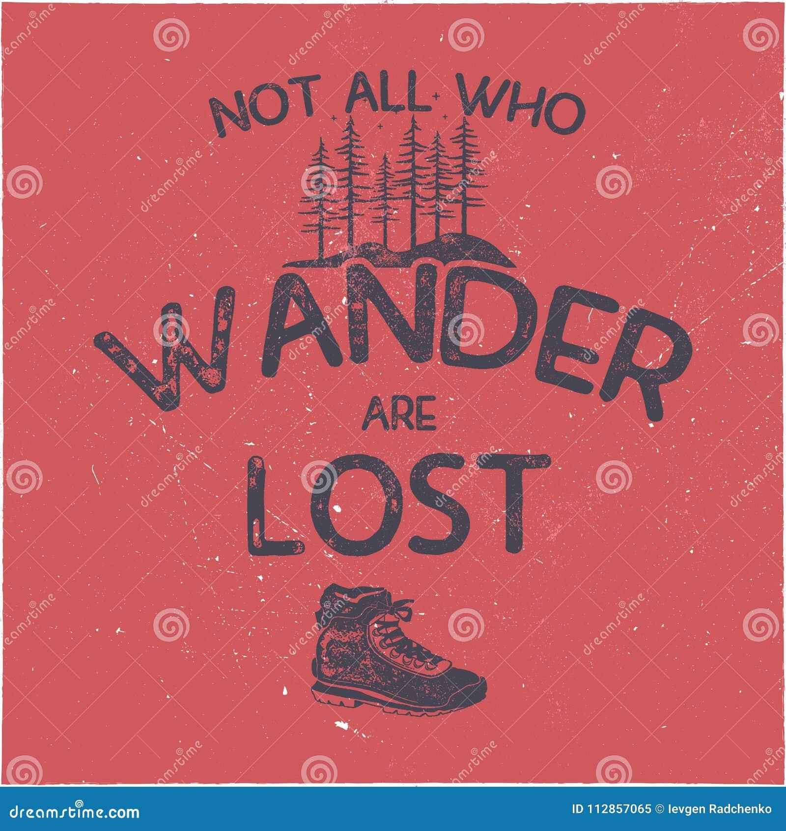 Rocznika t ręka rysujący koszulowy projekt Podróżomania trójnika tematowe grafika Typografia plakat z lasem i wycieczkować butami