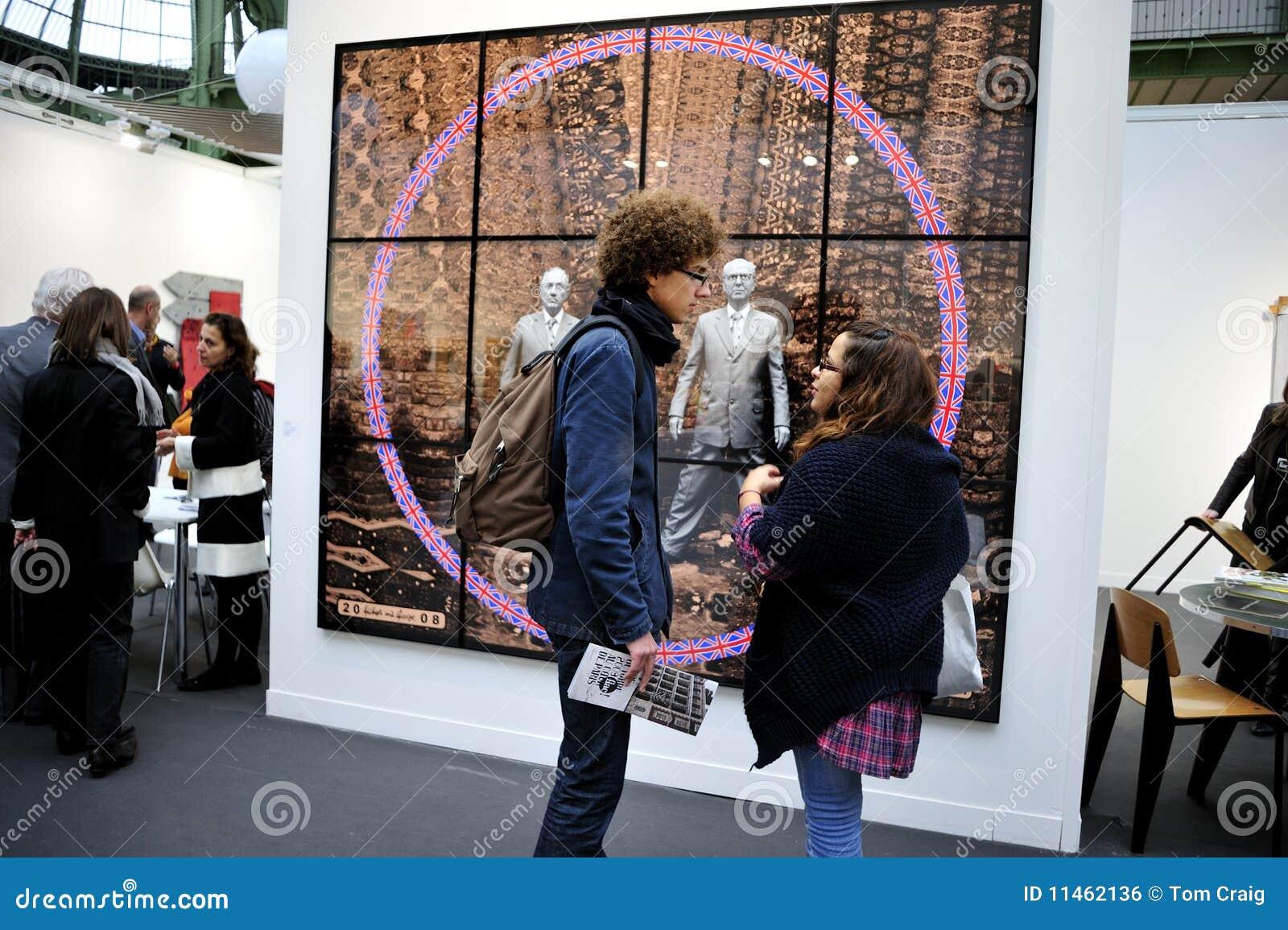 Roczny contempor France Paris nastolatków target1019_0_