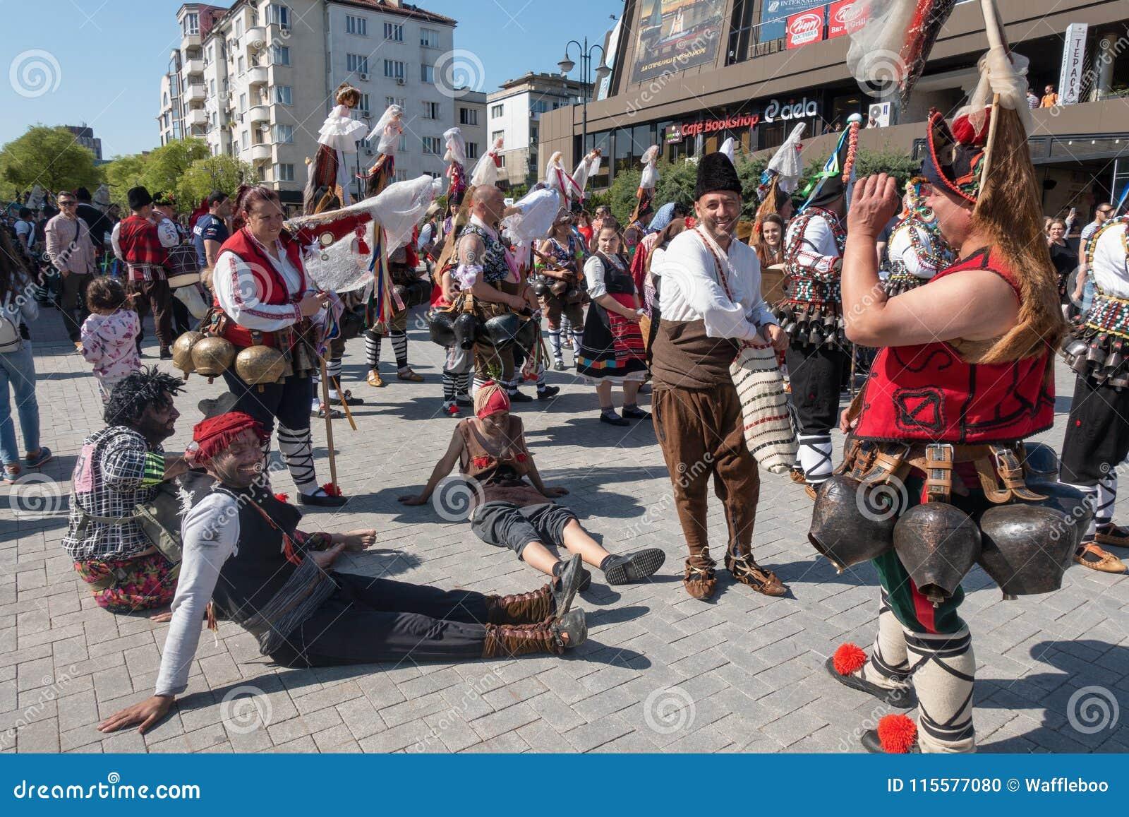 Roczny wiosna karnawał, Varna, Bułgaria