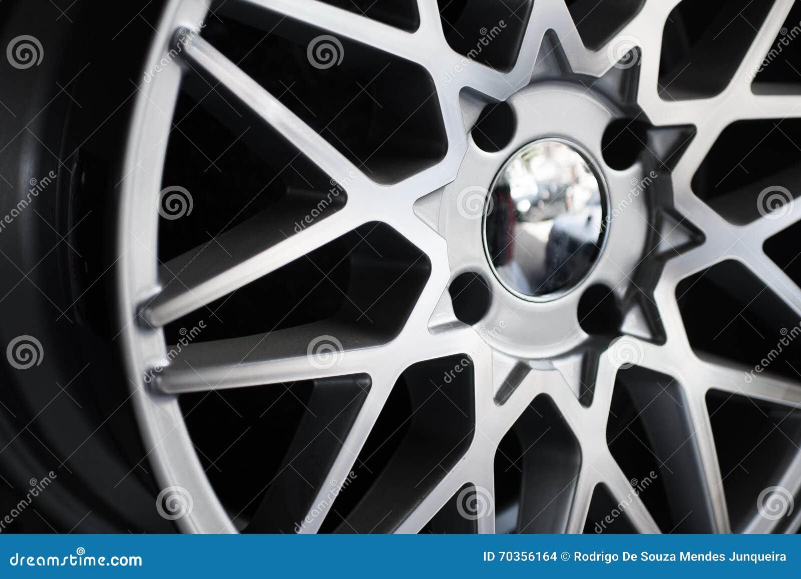 Roda de carro de Chrome