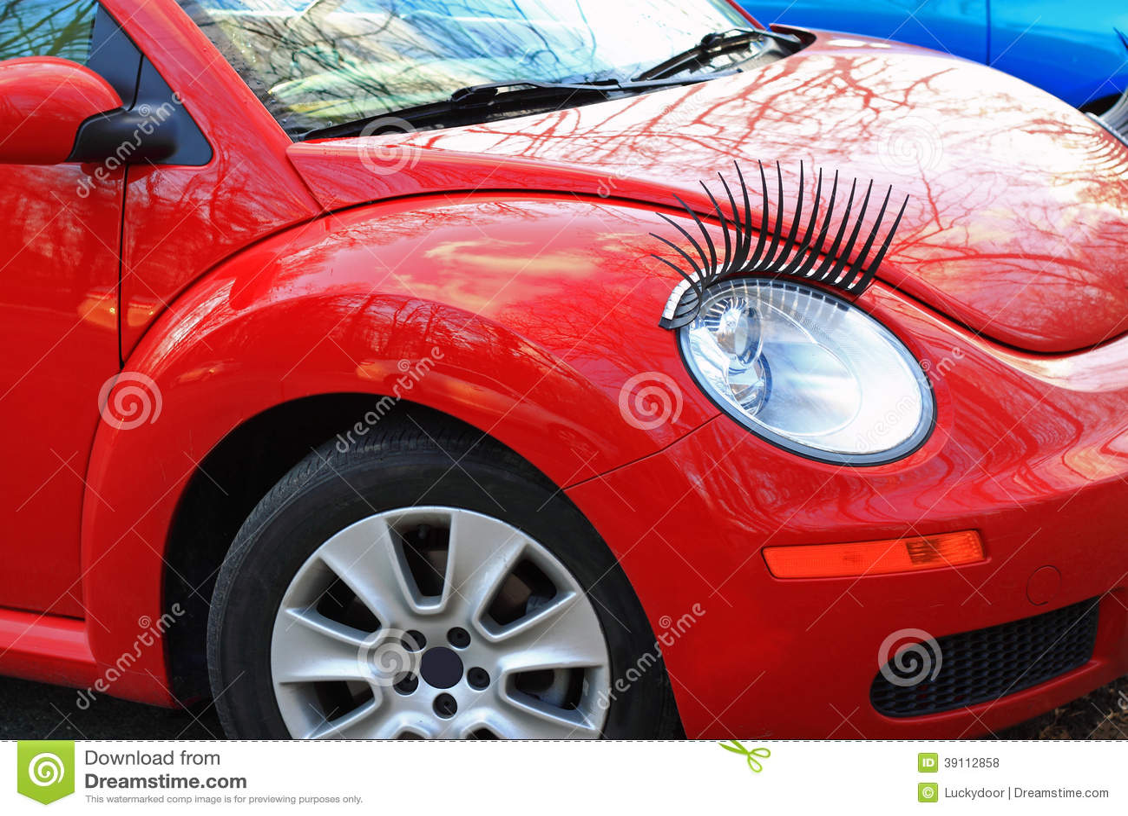 Rode Auto met Wimpers