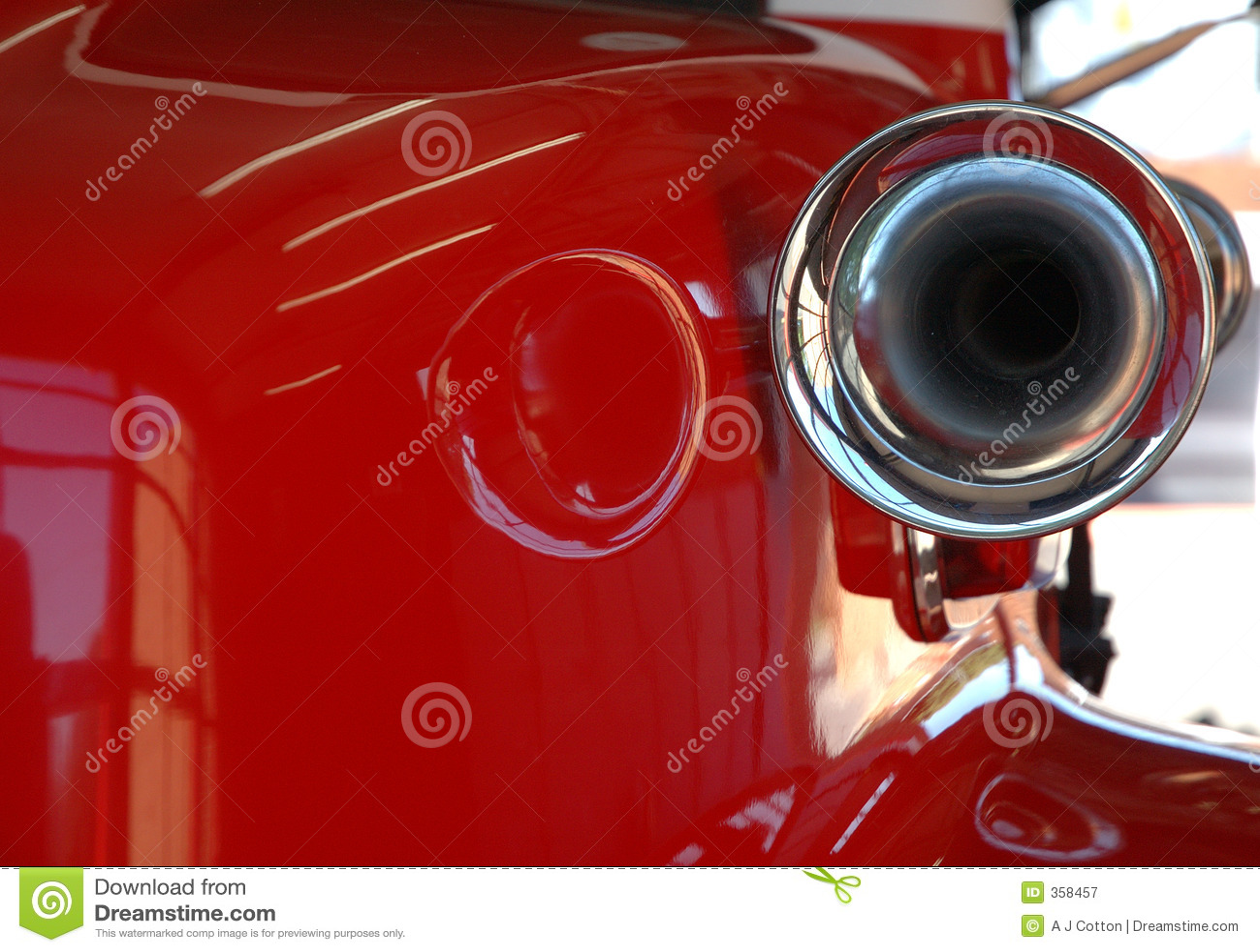 Rode brandmotor en sirene