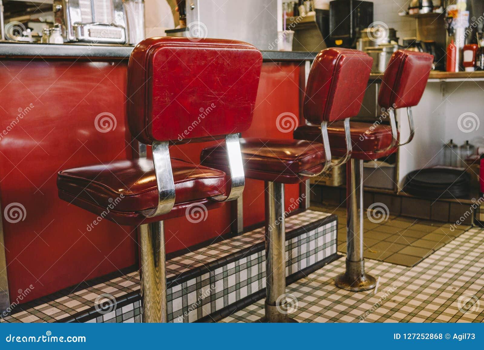 Rode Cabinekrukken in Diner