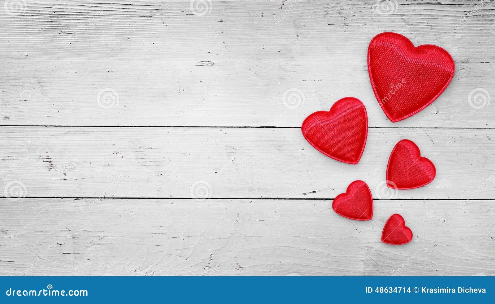 Rode harten op hout