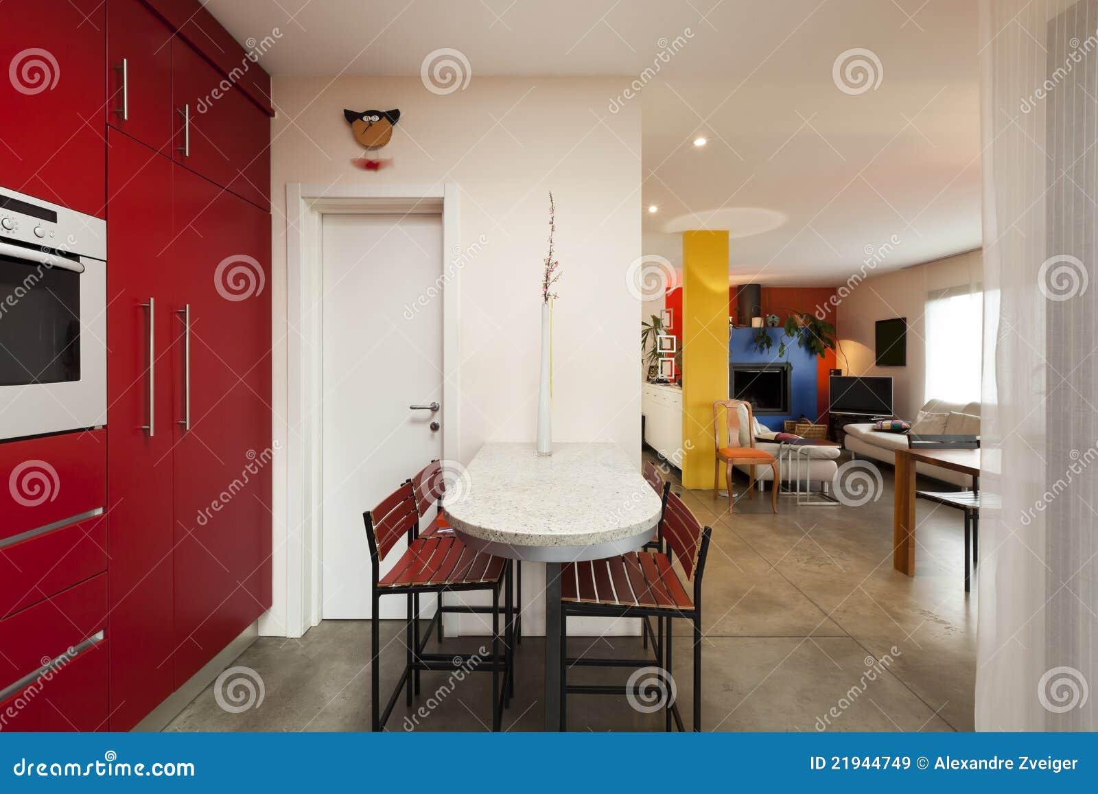 Rode keuken royalty vrije stock afbeeldingen   afbeelding: 21944749