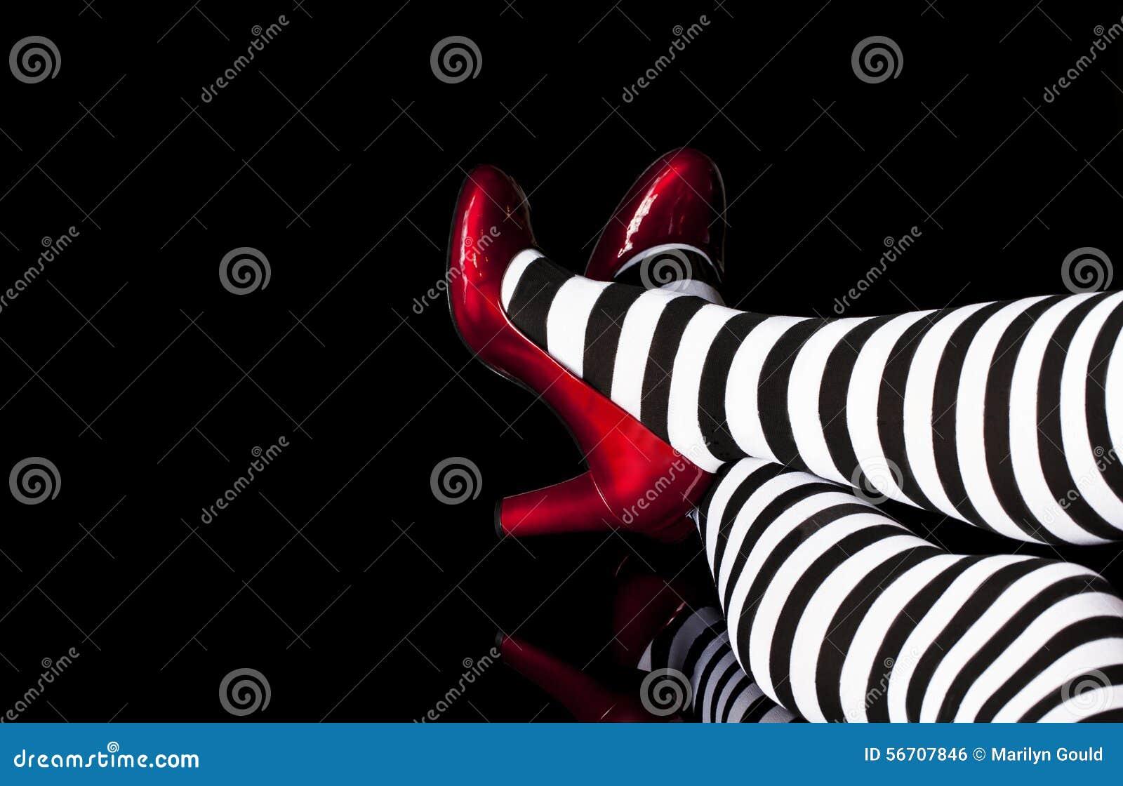 Rode Schoenen Gestreepte Legging