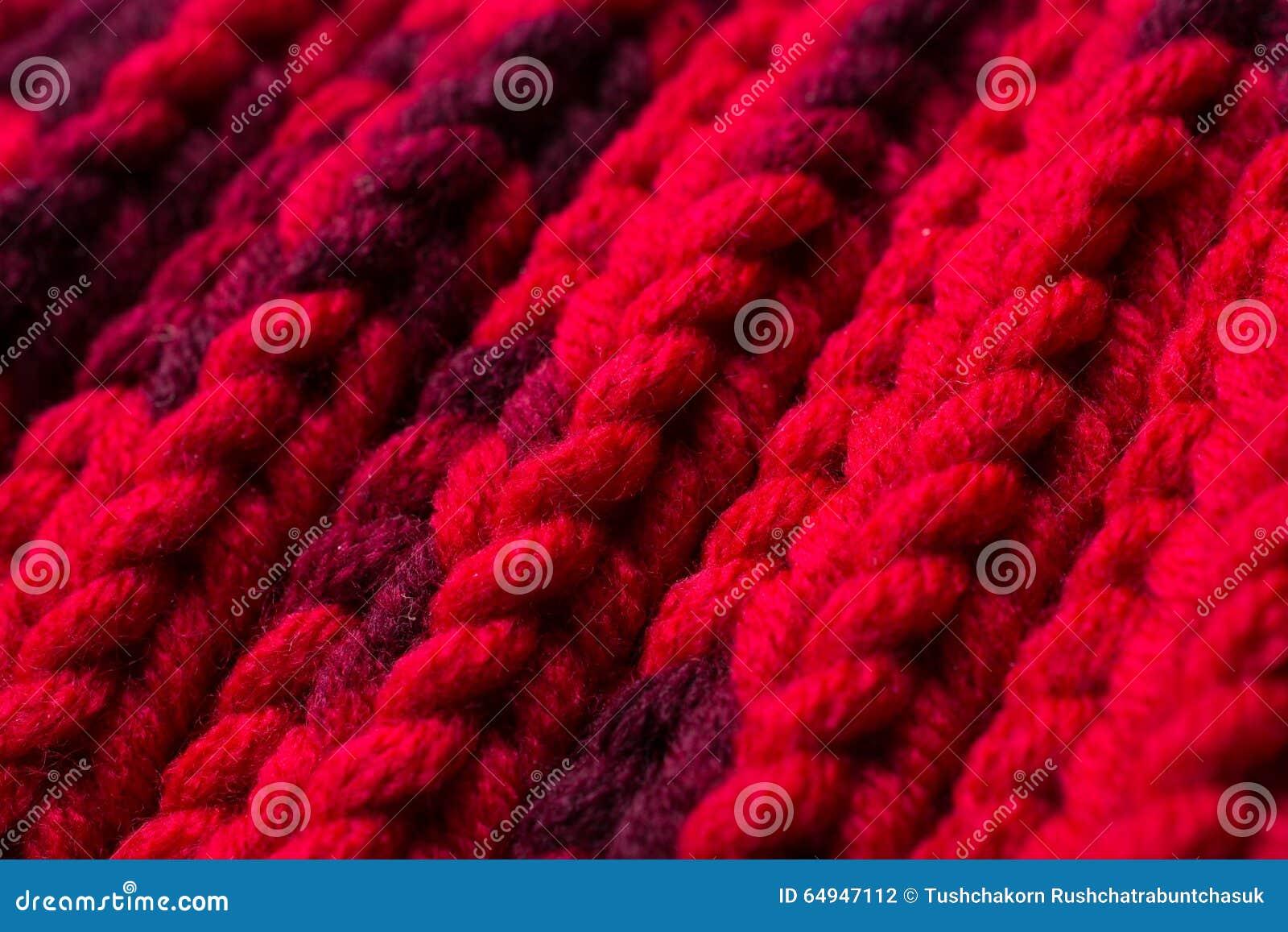 Rode zijde prom Ik breide een kruisend patroon