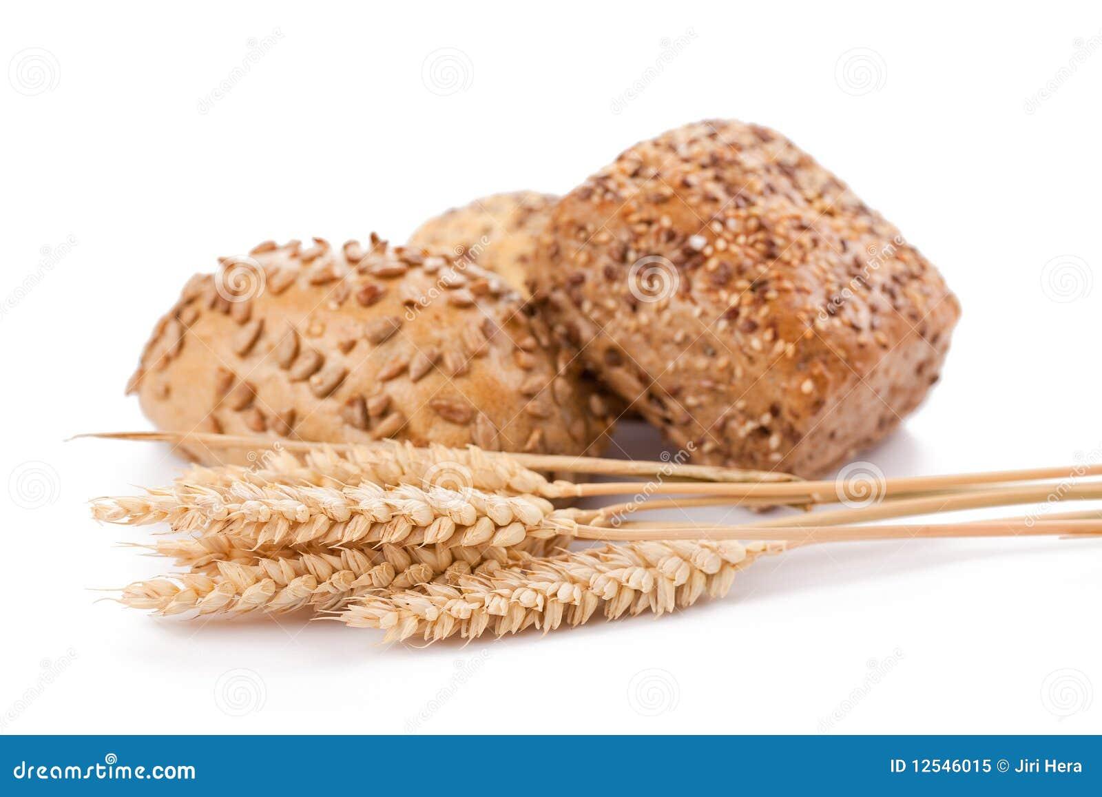 Rodillos y trigo de pan
