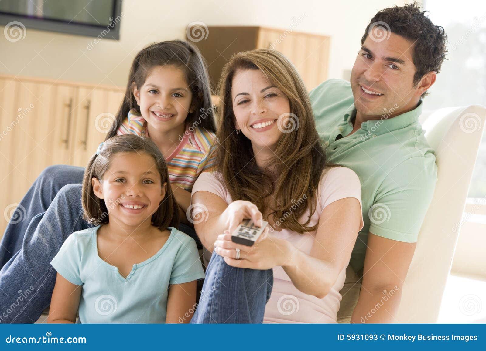 Rodzina kontroli żyje daleko pokój