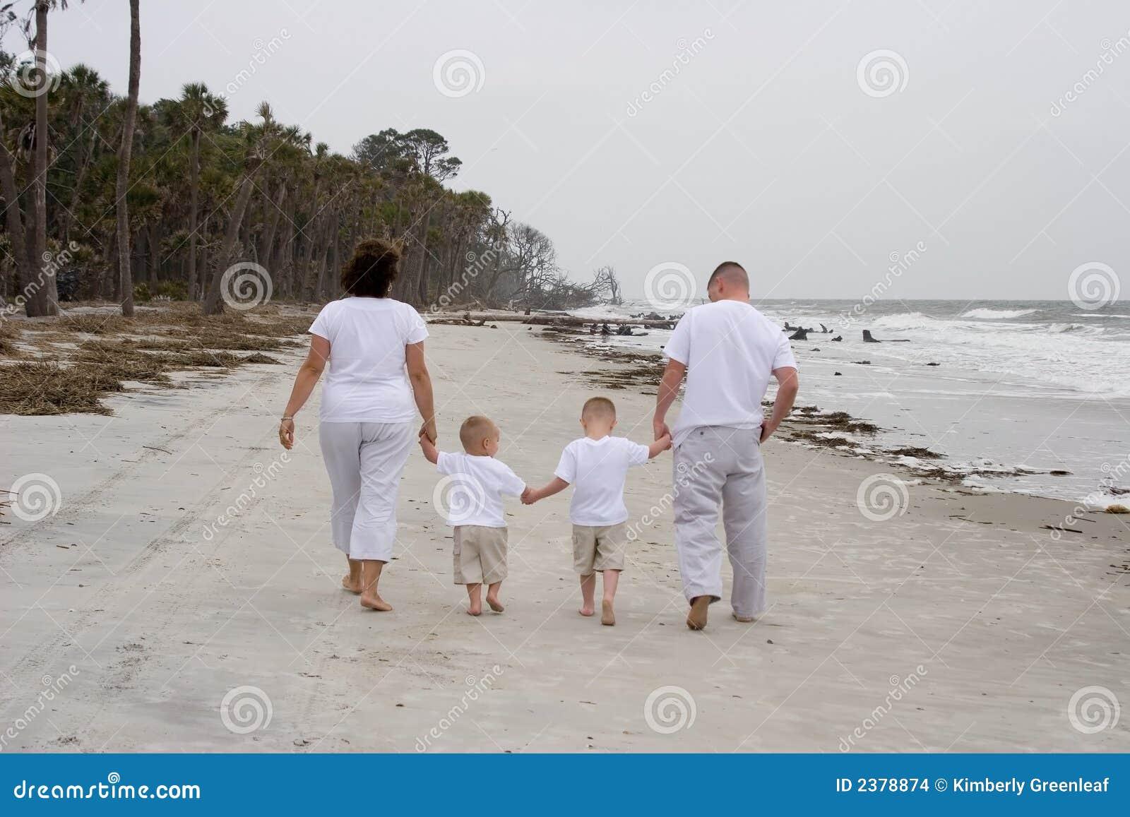 Rodzina plażowa 4
