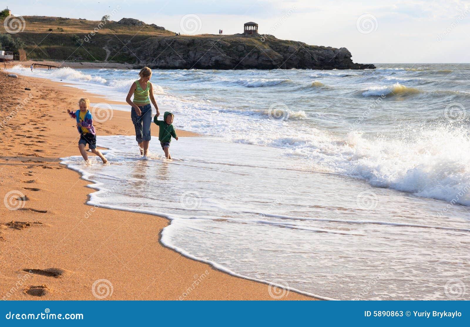 Rodzinna plażowa surf