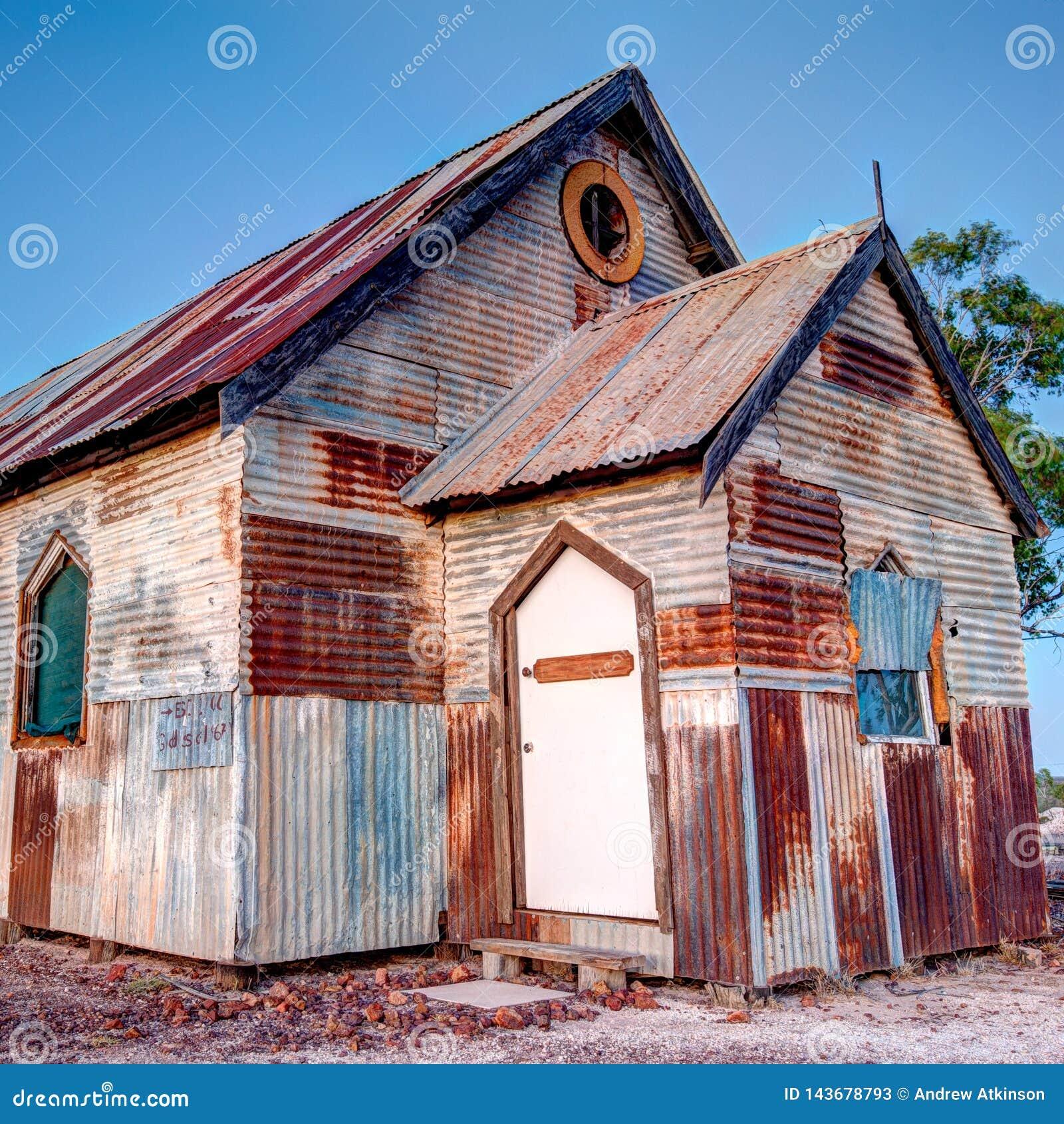Roestige oude kerk bij de hoek van Bliksemridge australia 1x1