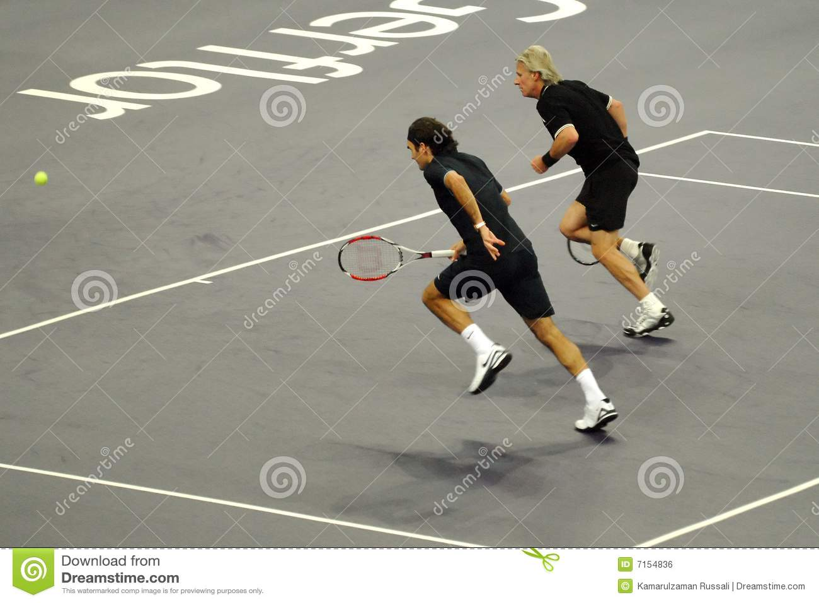 Roger Federer et Bjorn Borg dans les actions