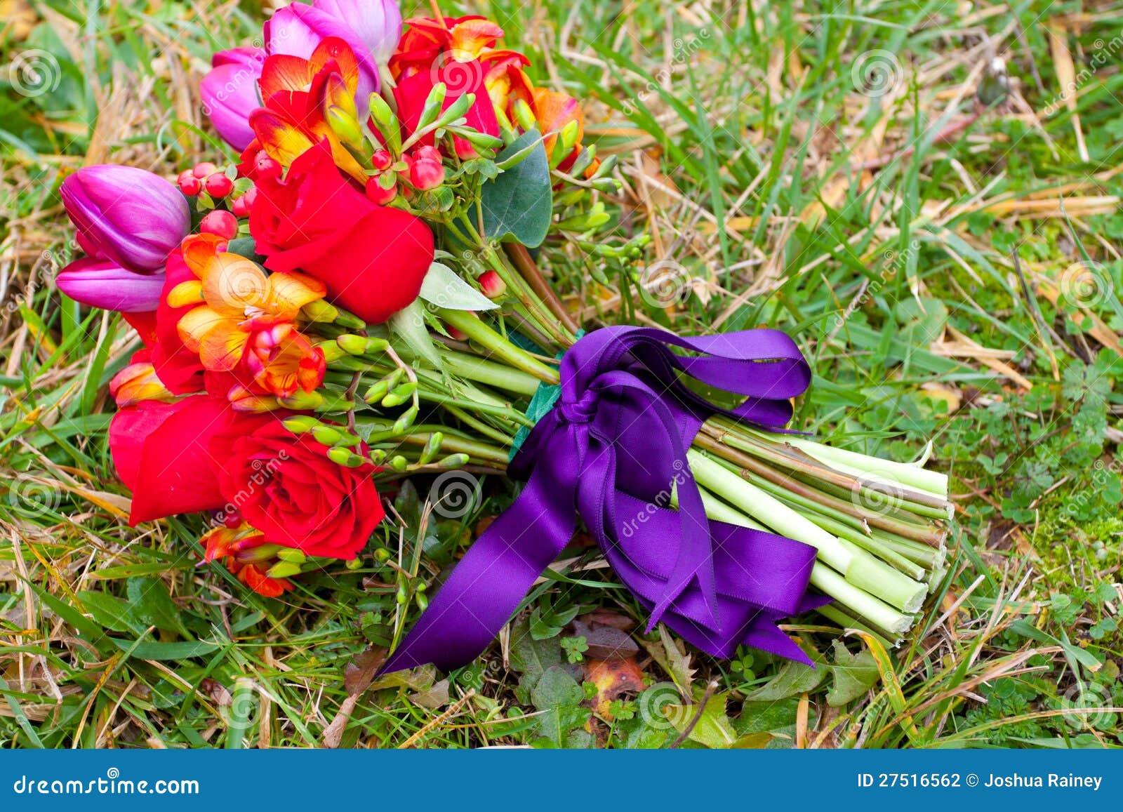 Rojo y púrpura de la boda