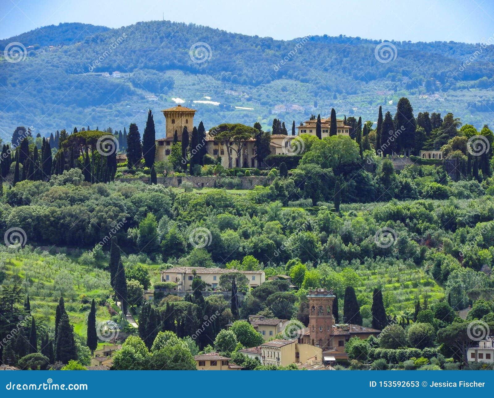Rolling Hills тосканской сельской местности