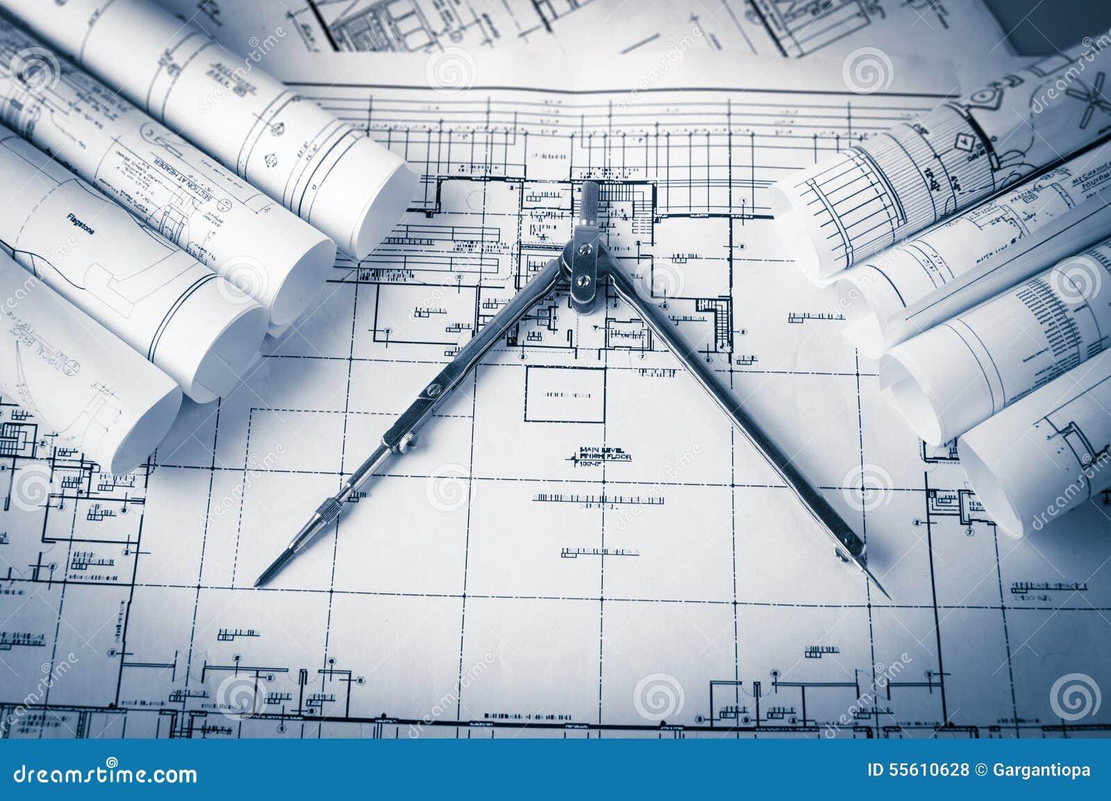 Rolls de planos dos modelos e da casa da arquitetura