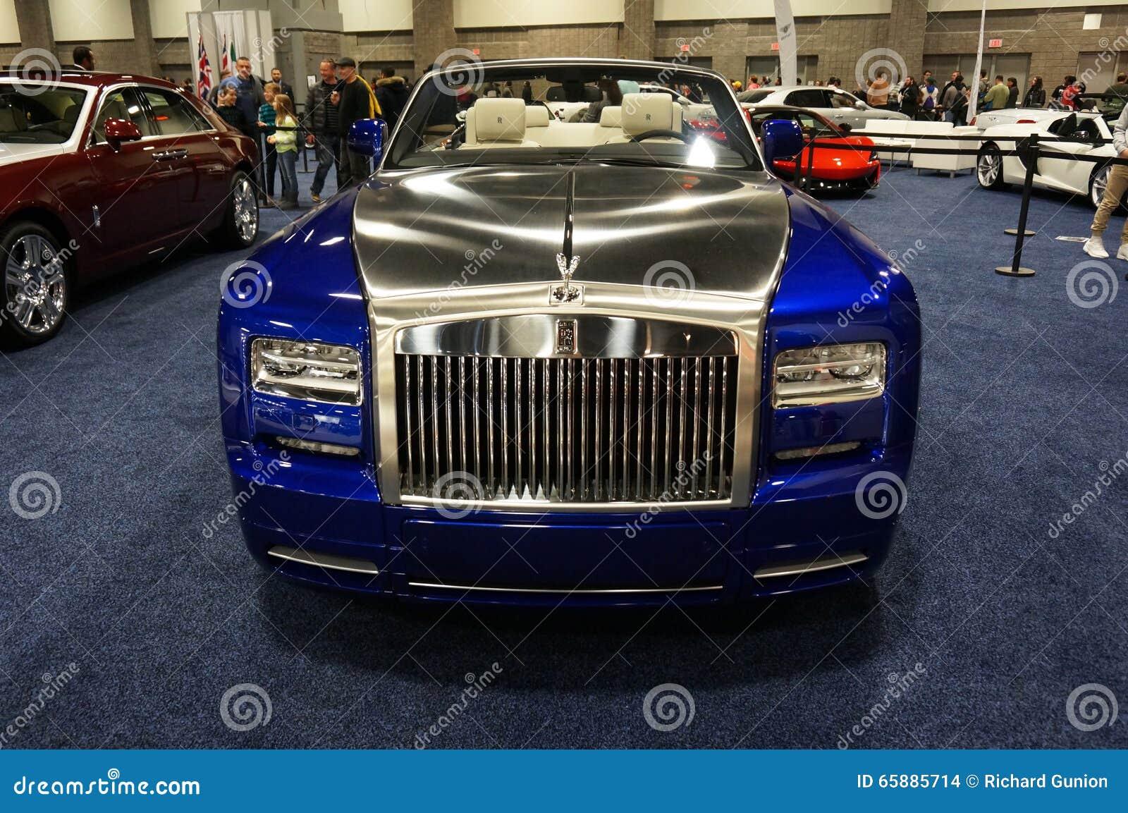 Rolls Royce azul e de prata