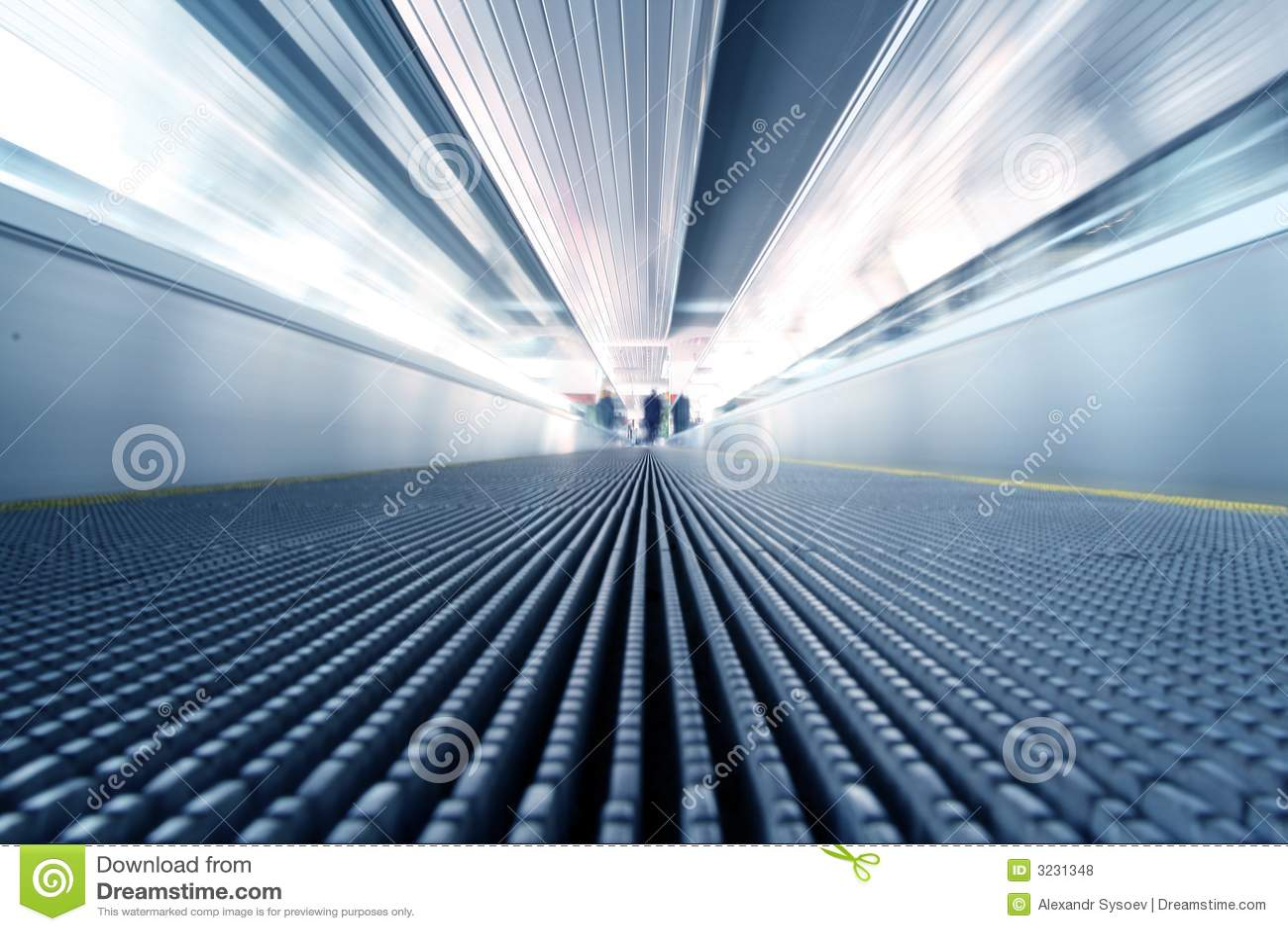 Rolltreppe in der Bewegung