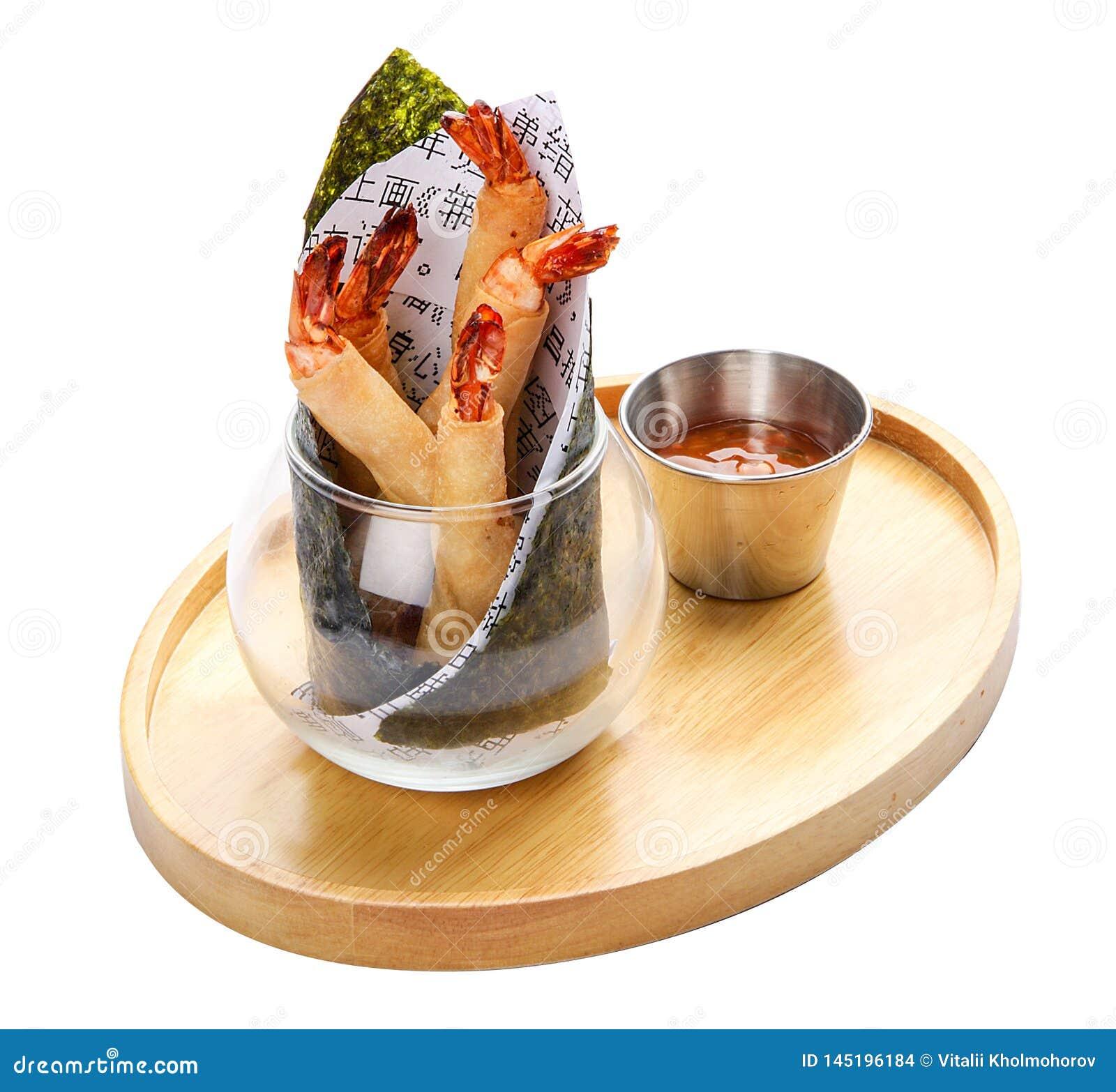 Rolos de mola com camarões
