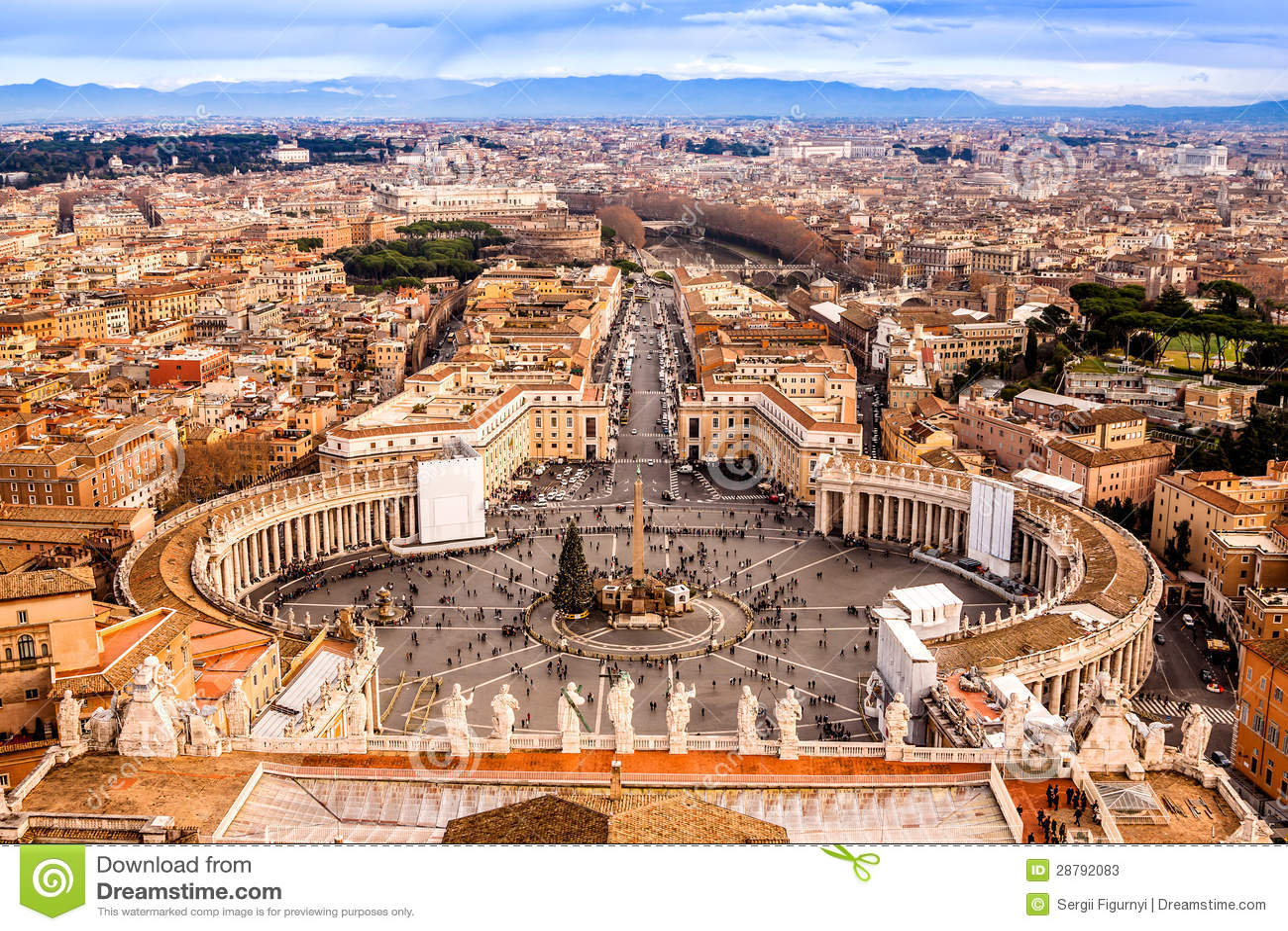 Roma, Italia. O quadrado de St Peter famoso em Vatican e em v aéreo