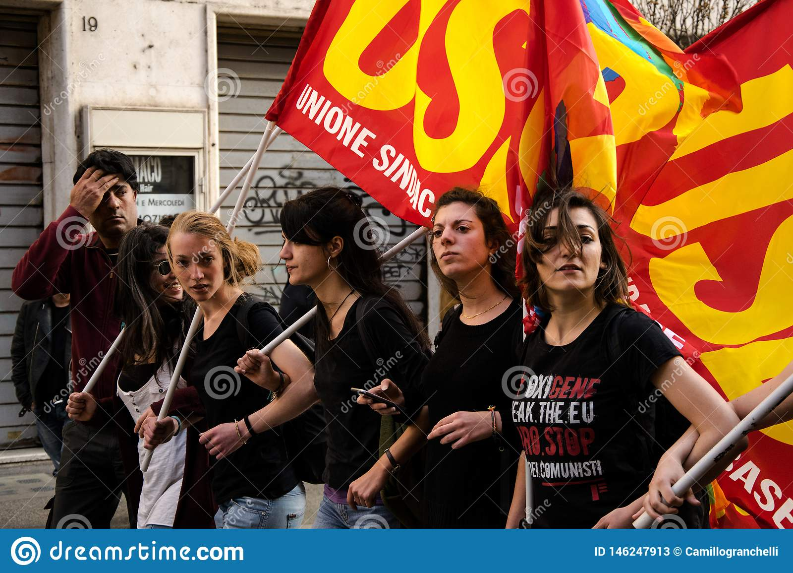 Roma, It?lia - 23 de mar?o de 2017: NENHUMA demonstra??o do protesto do EURO