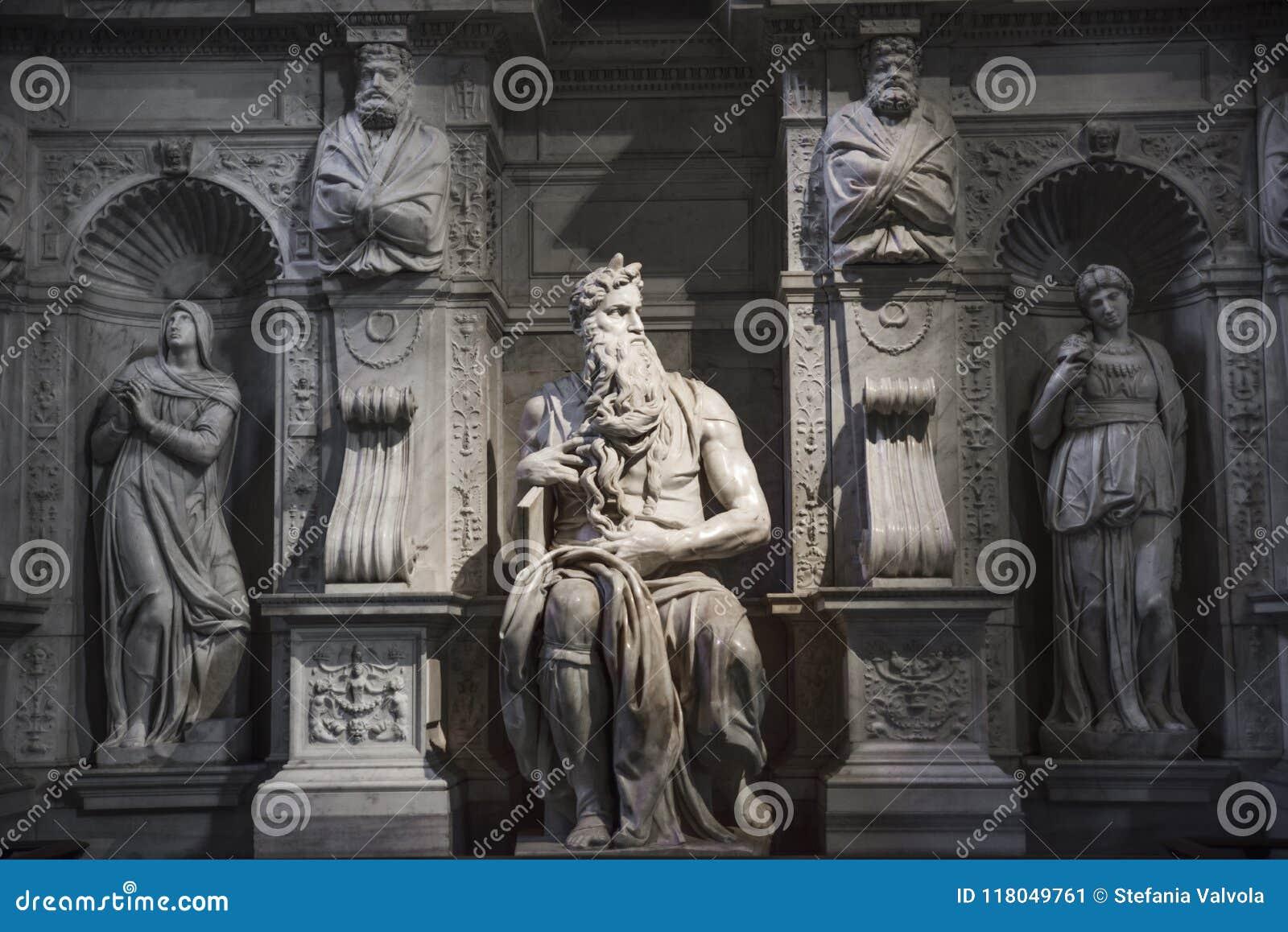 Roma, Mosè da Michelangelo sulla tomba di papa Giulio II in Sai
