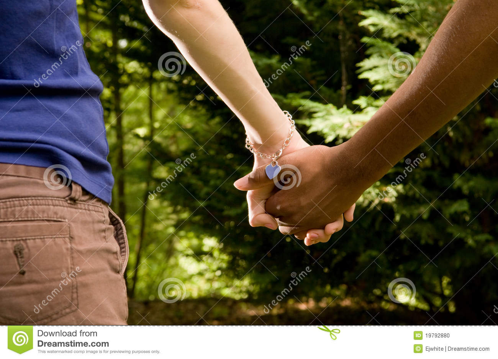 wit meisje interracial dating leeftijdsgrens in Canada voor dating