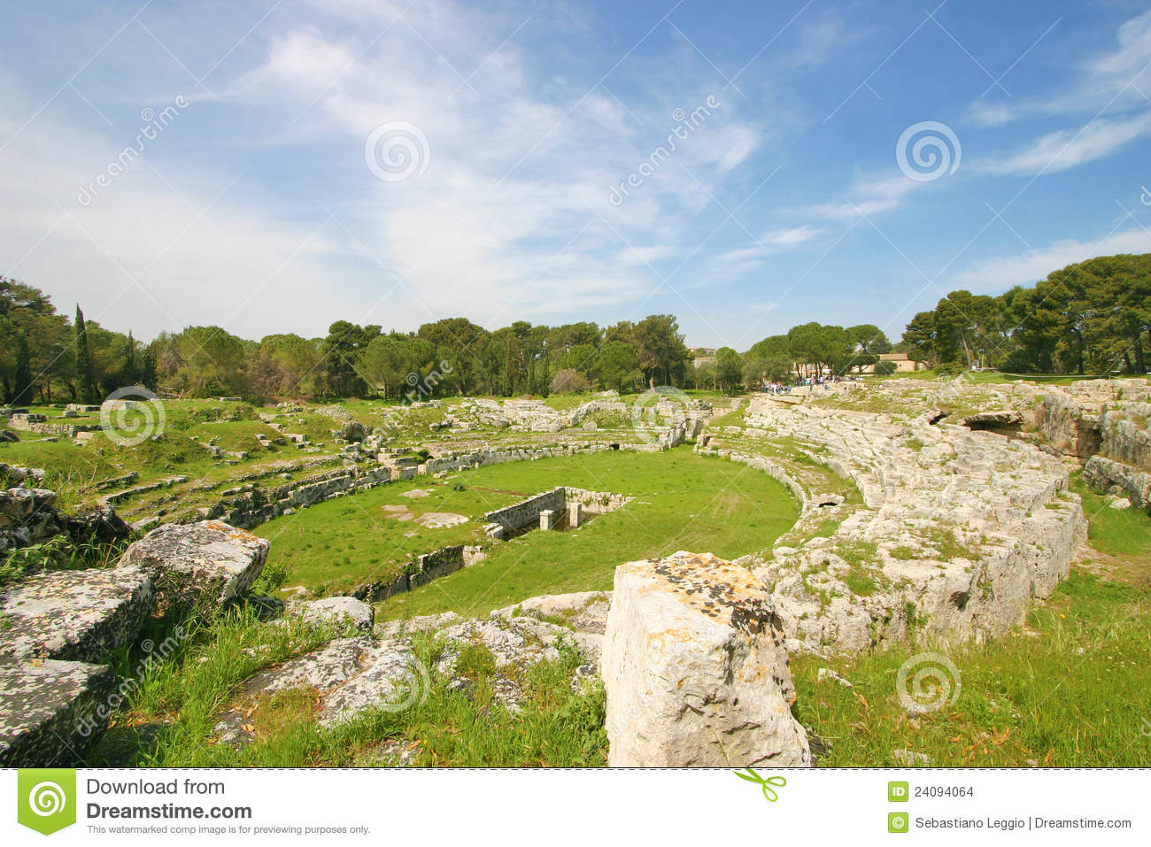 Roman Amfitheatre In Syracuse Stock Images Image 24094064
