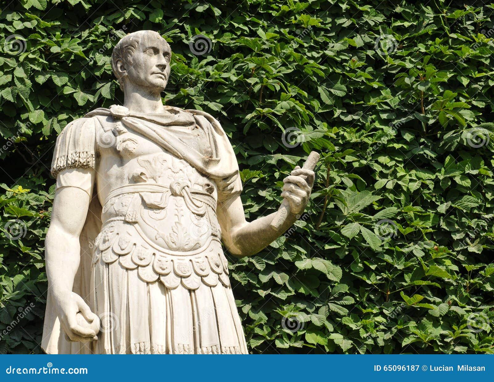 Roman emperor stock photo image 65096187 - Statues jardin des tuileries ...