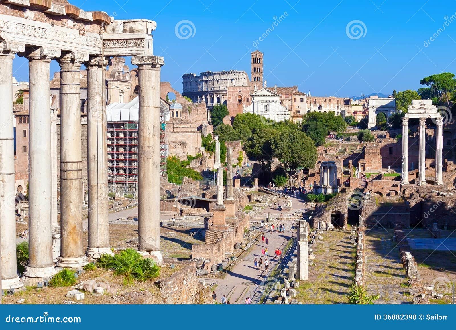 Download Roman Forum fotografia stock. Immagine di colonna, paesaggio - 36882398