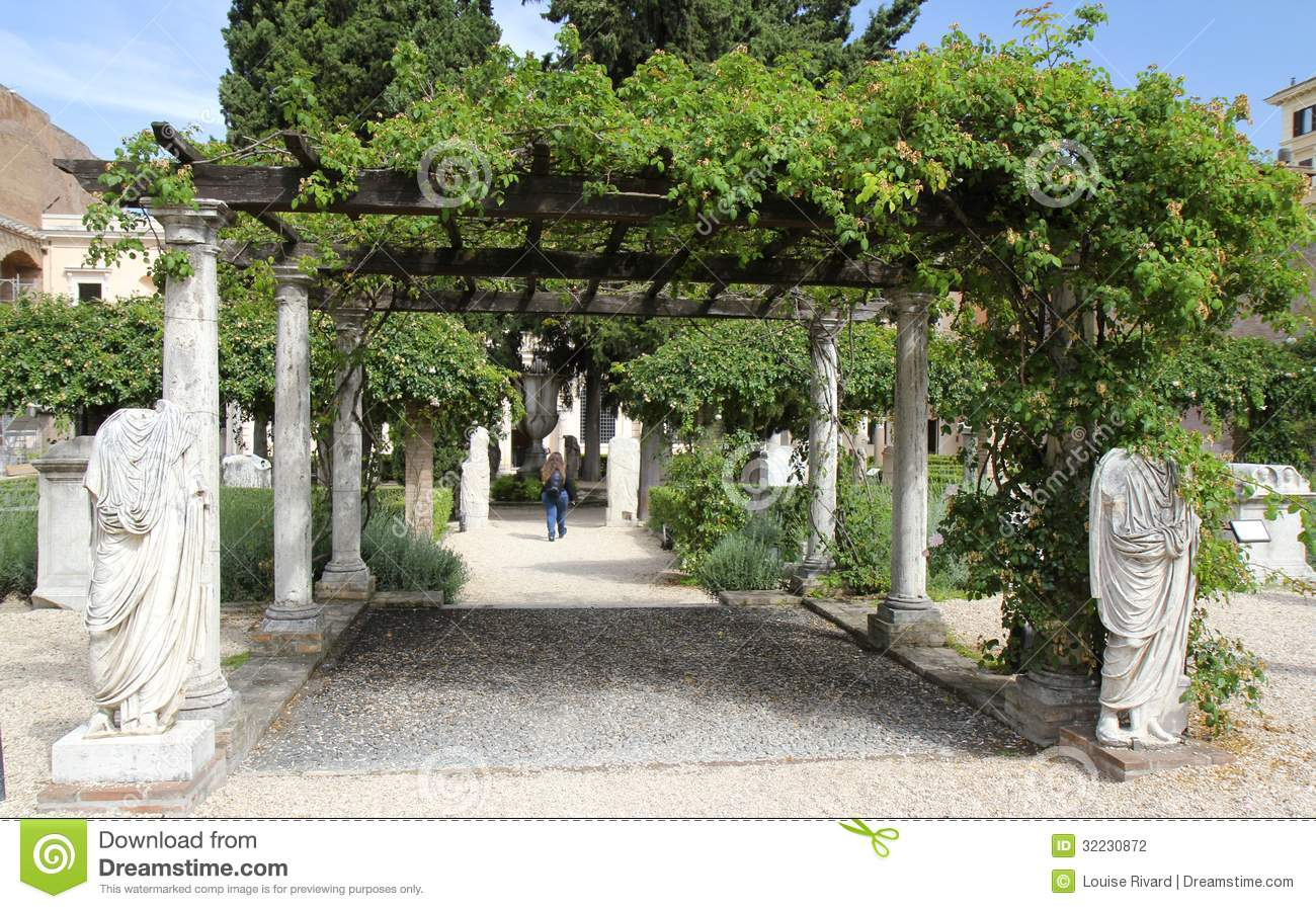 Roman garden editorial photography image 32230872 for Jardin romain