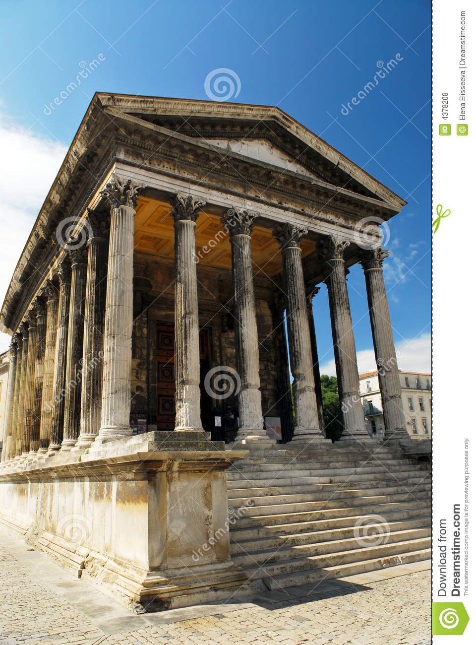 roman temple in nimes france royalty free stock photos image 4378208. Black Bedroom Furniture Sets. Home Design Ideas