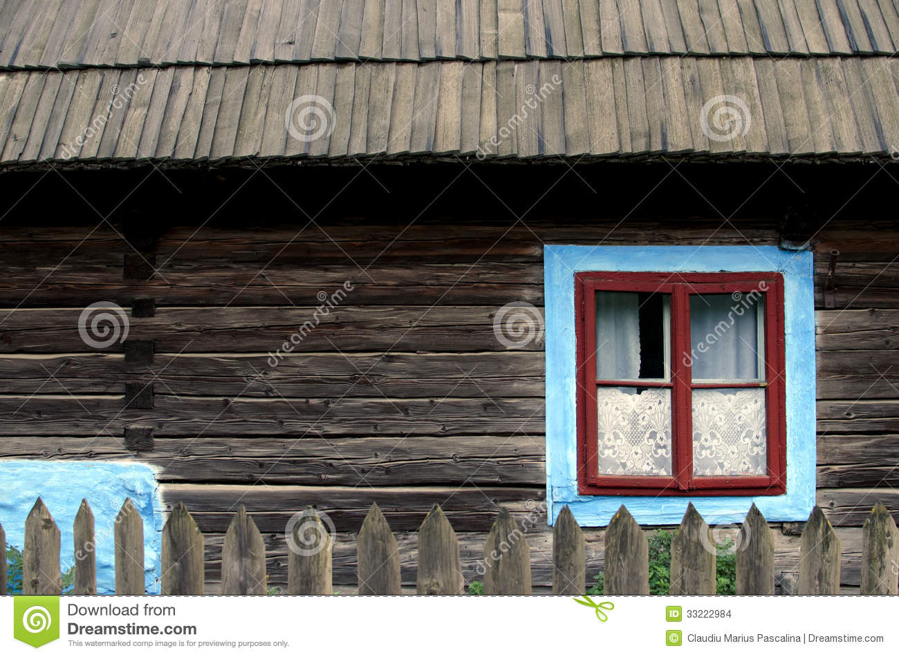 Romanian house stock images image 33222984 - Houses maramures wood ...