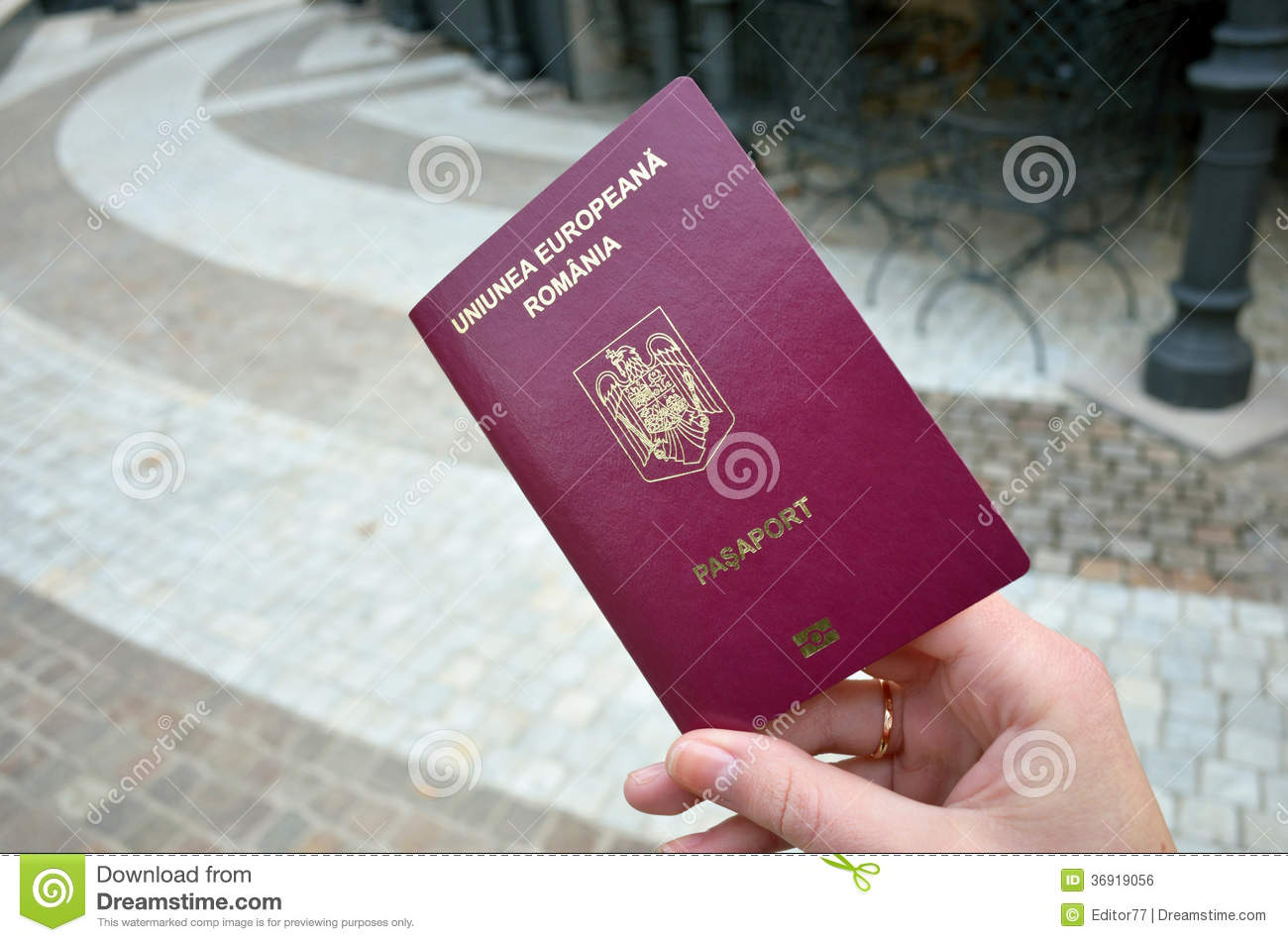 do romanian citizens need visa for uk