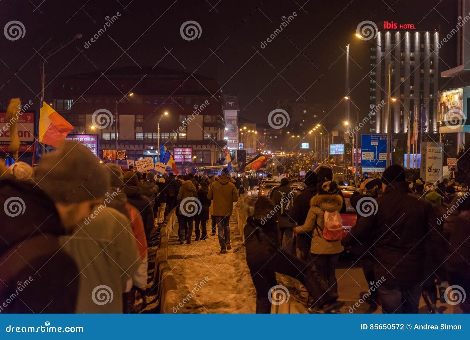 Romanians protest against corruption decree