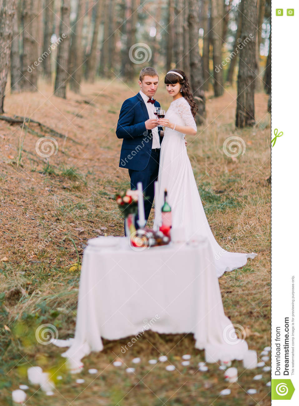 romantic love and marriage essay The notion that a couple would marry for love was considered  today, herrin  said, romantic unions have become the ideal, but not all of them.
