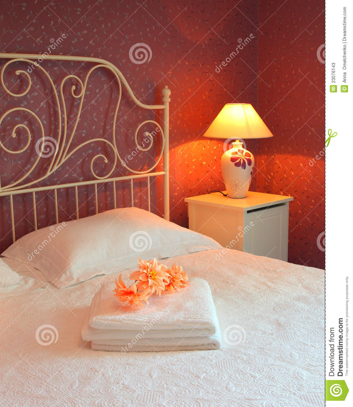 Romantic bedroom interior stock photos image 23076143 - Chambre a coucher romantique ...