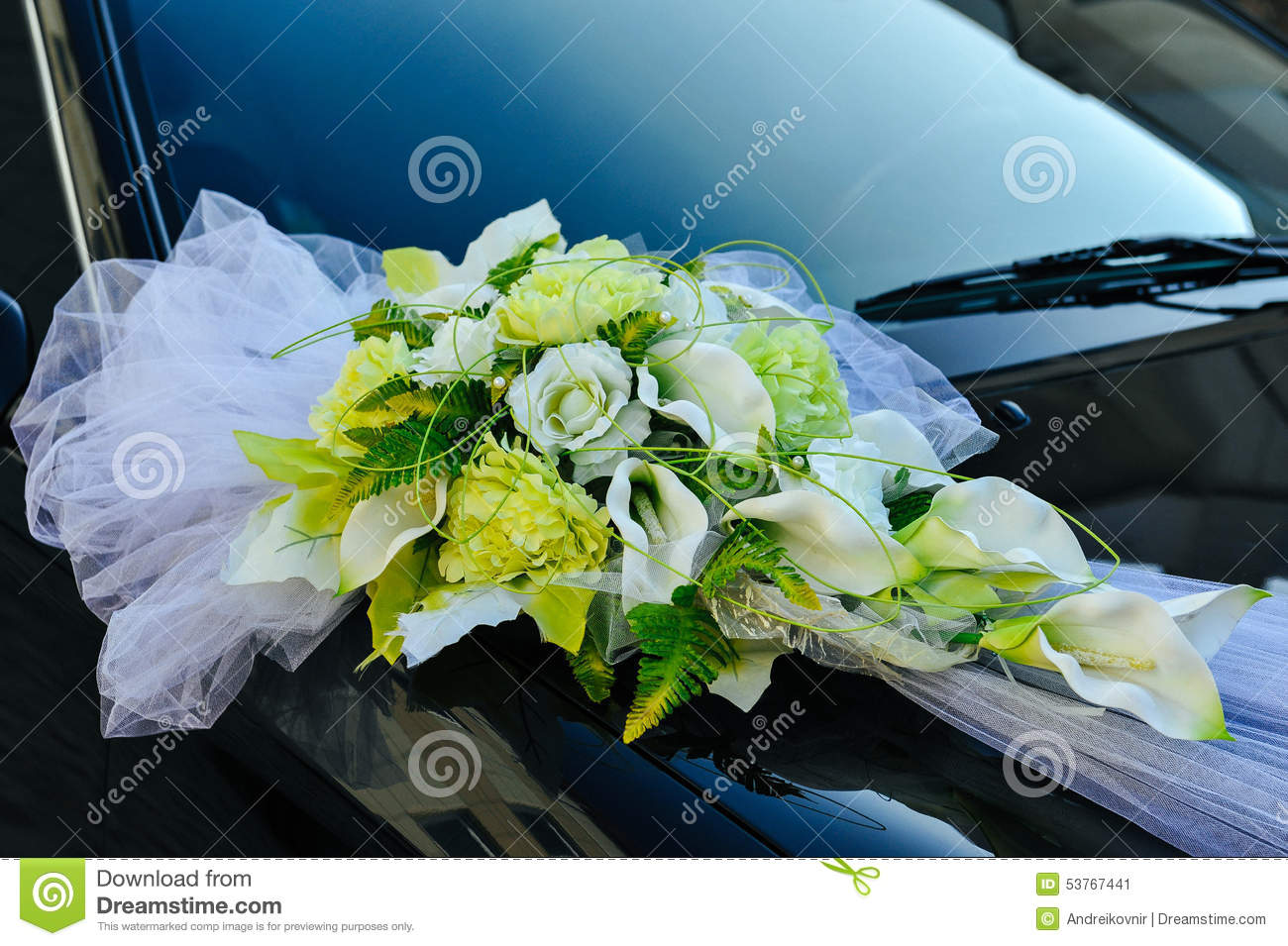 romantic decoration flower on wedding car in black stock photo image 53767441. Black Bedroom Furniture Sets. Home Design Ideas