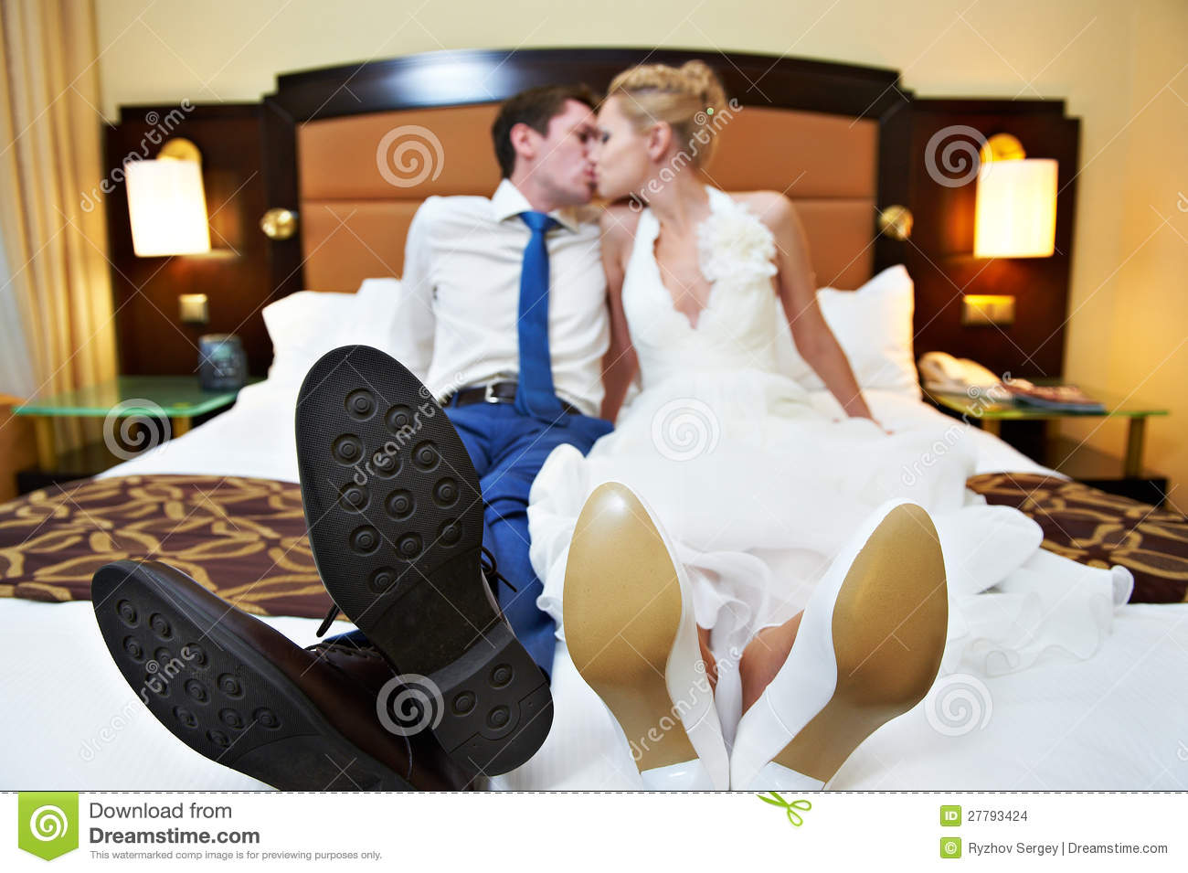Romantic Kiss Happy Bride And Groom In Bedroom Stock Images Image 27793424